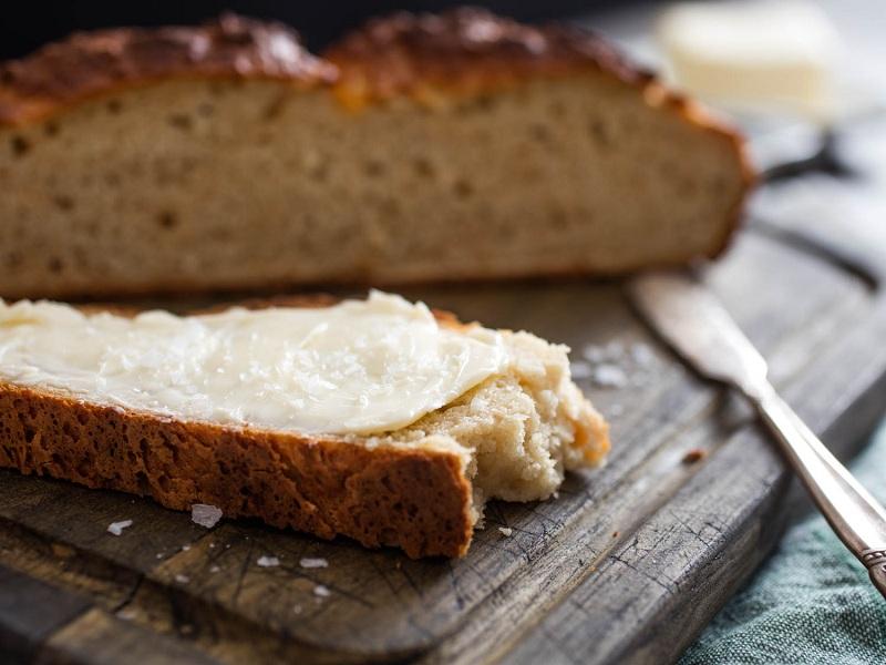 رسم پرتاب نان در ایرلند جاهلیت مدرن